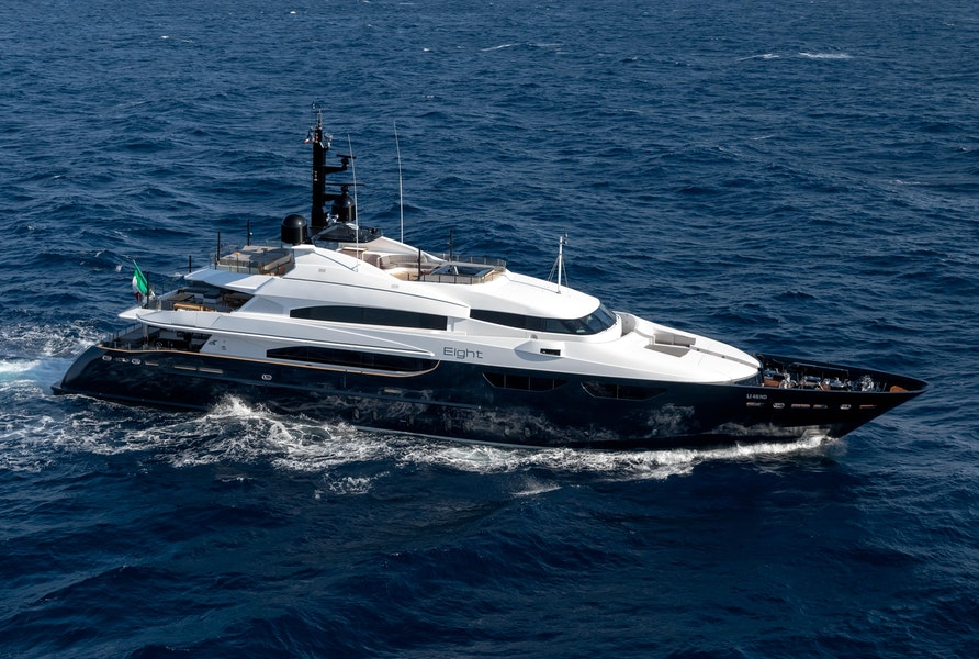 Photo of 2005 CRN Magnifica (EIGHT)
