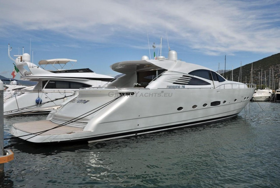 Photo of 2006 Pershing 76