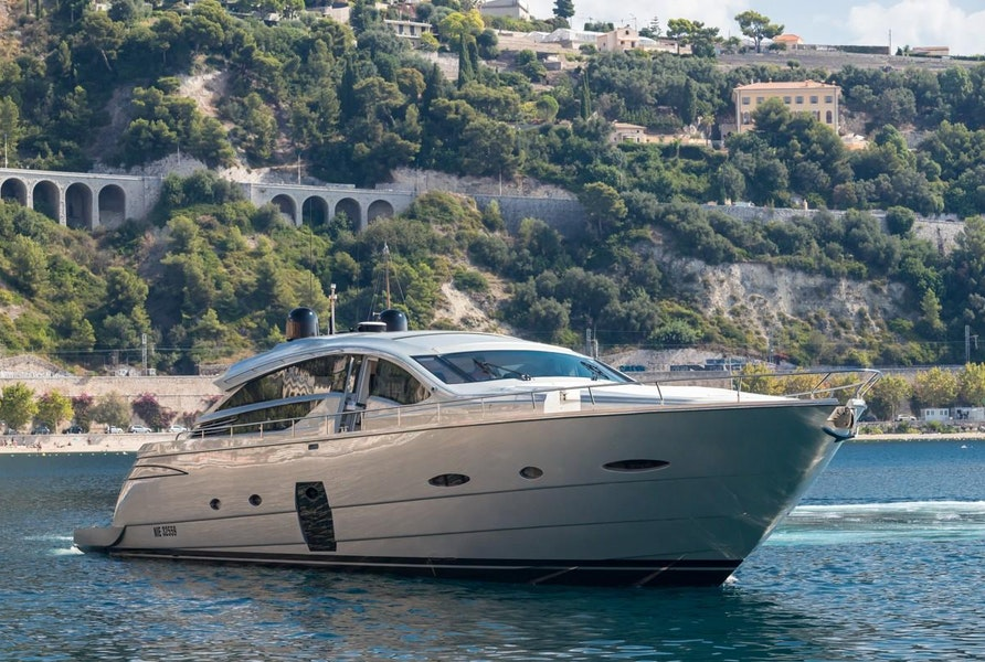 Photo of 2010 Pershing 80 (LOUNOR)