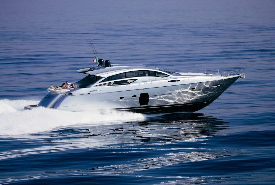 Photo of 2010 Pershing 72